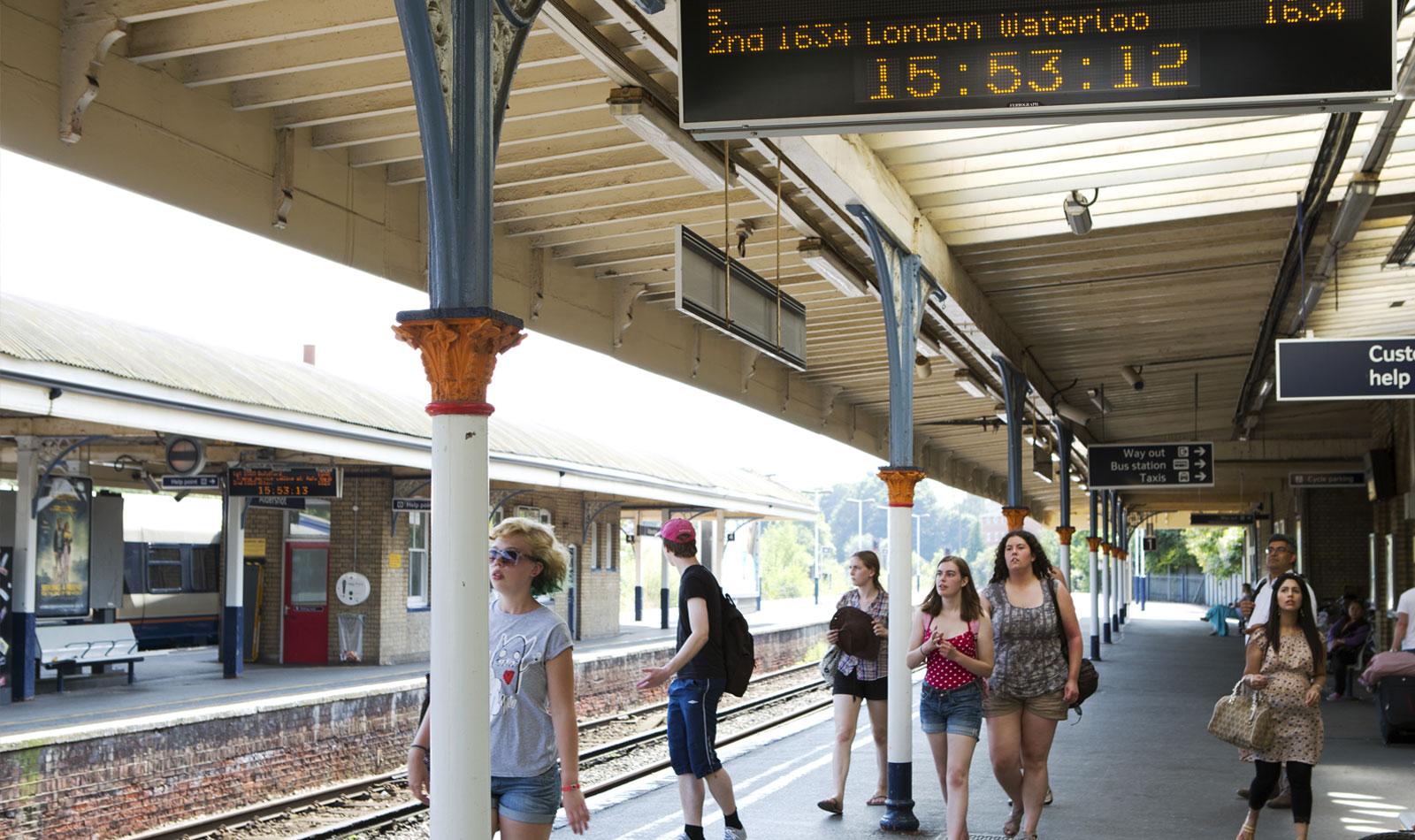 Aldershot railway station